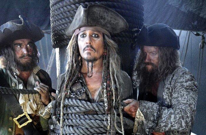 Джек Воробей возвращается в новом трейлере фильма «Пираты Карибского моря 5»