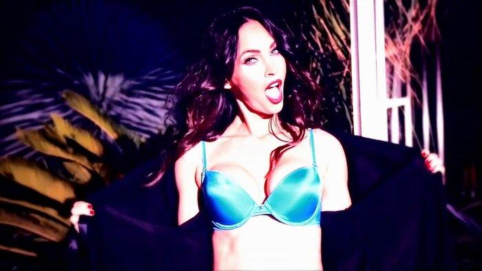 Фото дня: Меган Фокс разделась для рекламы эротического белья