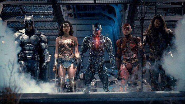 «Лига справедливости»: вышел первый трейлер фильма с Бэтменом, Суперменом и Чудо-женщиной