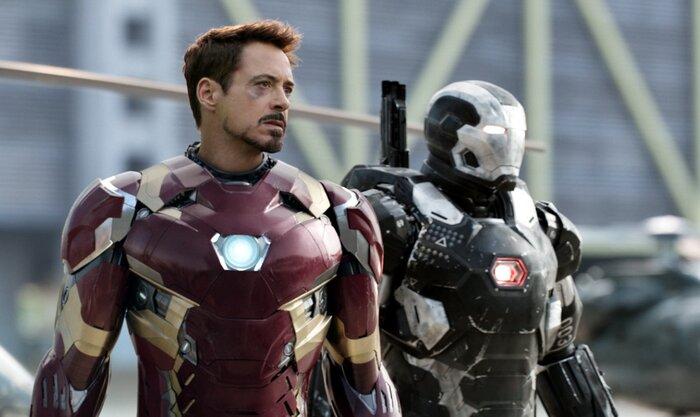 «Мстителей» столкнули с «Лигой справедливости». Видео