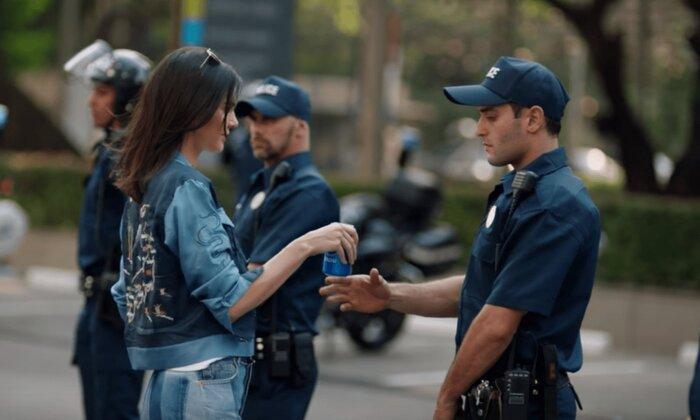 Pepsi удалила свой новый рекламный клип после скандала