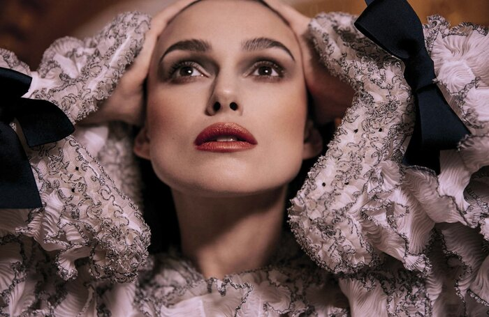 Фото дня: Кира Найтли появилась на обложке апрельского номера Vogue Italia
