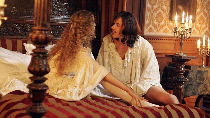Почти порно: постельные сцены сериала «Версаль» грозят «Би-Би-Си» скандалом