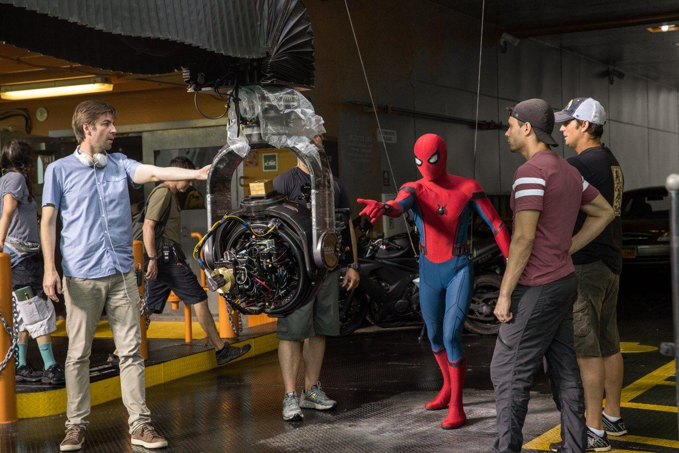 новые фото со съемок человек паук возвращение стали