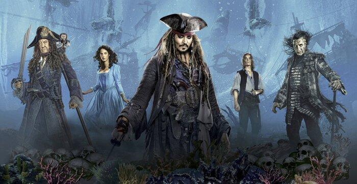 Все части «Пиратов Карибского моря» уместили в две минуты. Видео