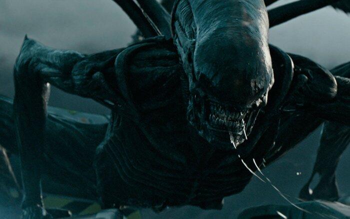 «Чужой: Завет»: Ридли Скотт дал совет на случай нападения инопланетян