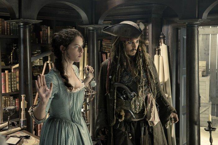 «Пираты Карибского моря 5»: в чём секрет сцены после титров