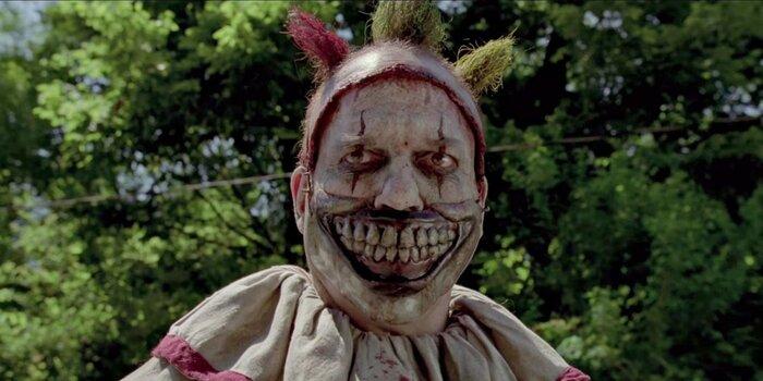 «Американская история ужасов» предлагает угадать тему седьмого сезона. Видео