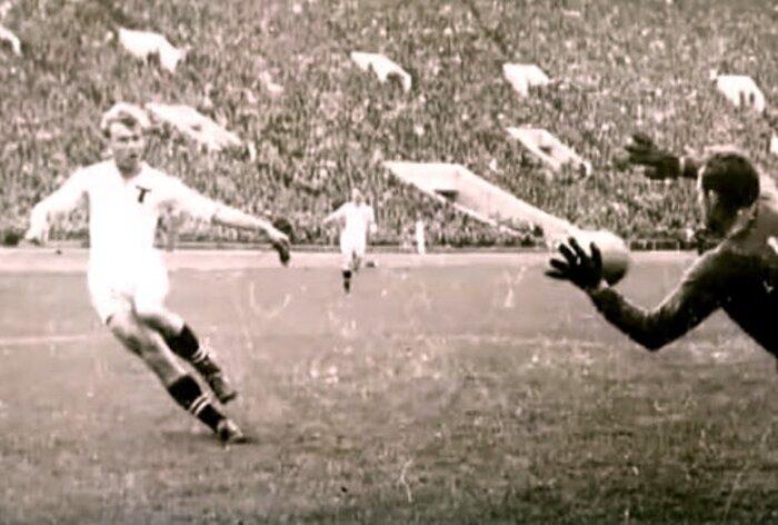 Студия Алексея Учителя снимет фильм о великом футболисте Эдуарде Стрельцове