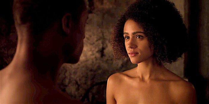 Звезда «Игры престолов» выступила в защиту скандальной любовной сцены