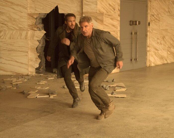 Новый трейлер «Бегущего по лезвию 2049» обещает кровопролитную войну между людьми и репликантами