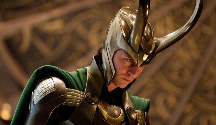 Шлем бога Локи спас жизнь девушке
