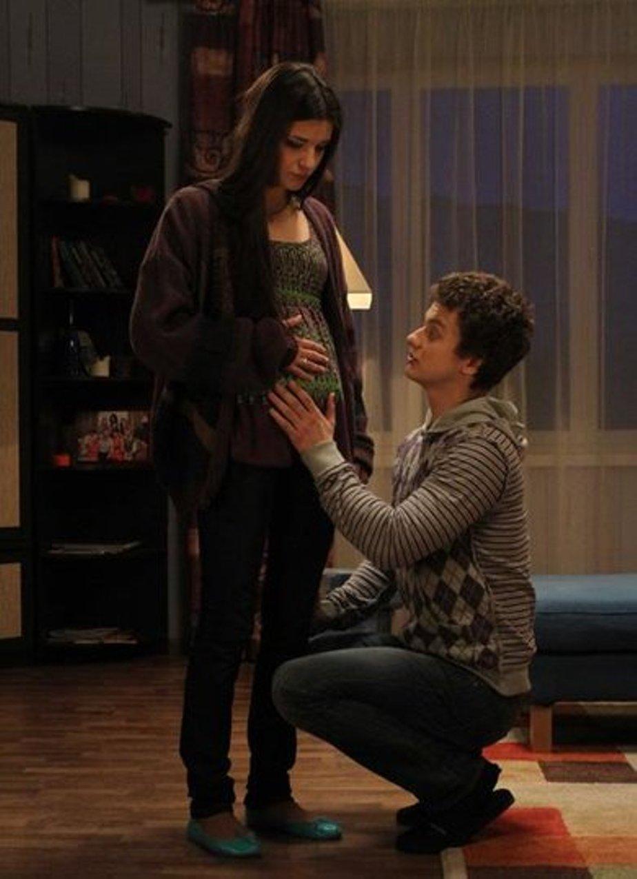 В какой серии оксана узнает что беременна 2