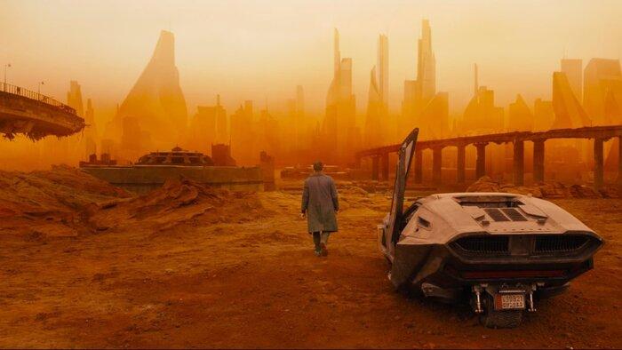 Лучшие фильмы в духе «Бегущего по лезвию 2049»