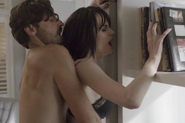 Фрагменты секса из кинофильмов, фото идеальных сосков девушек