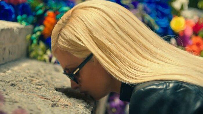 Пенелопа Крус сыграла Донателлу Версаче в «Американской истории преступлений». Видео