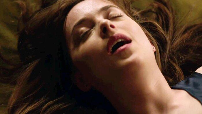 Вышел новый трейлер эротической мелодрамы «50 оттенков свободы»