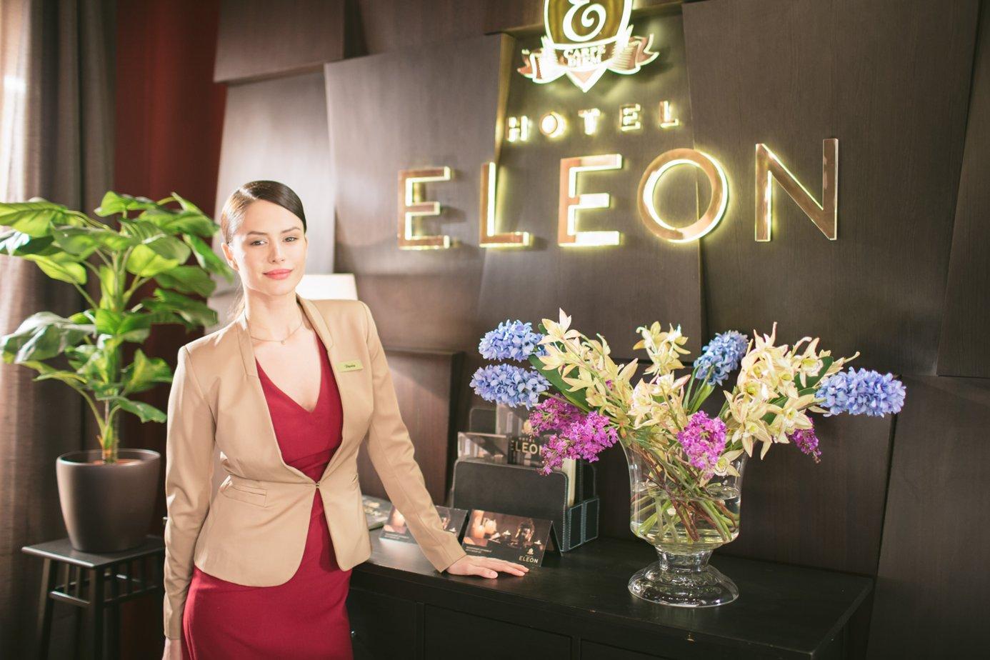 первая блефаропластика актеры отель элеон фото и имена была йога, которая