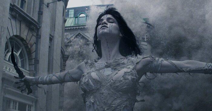 «Мумия» похоронила киновселенную монстров