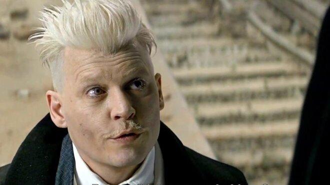 Поклонники «Гарри Поттера» требуют убрать Джонни Деппа из «Фантастических тварей»