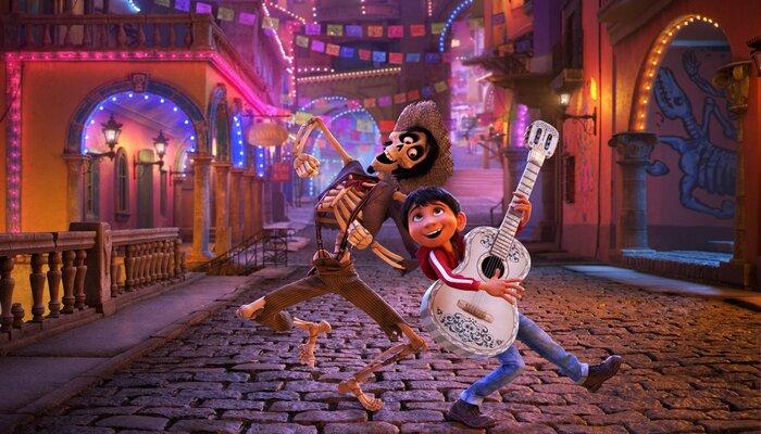 Касса США: в праздничный уикенд мультфильм «Тайна Коко» оказался сильнее «Лиги справедливости» (24-26.11.2017)