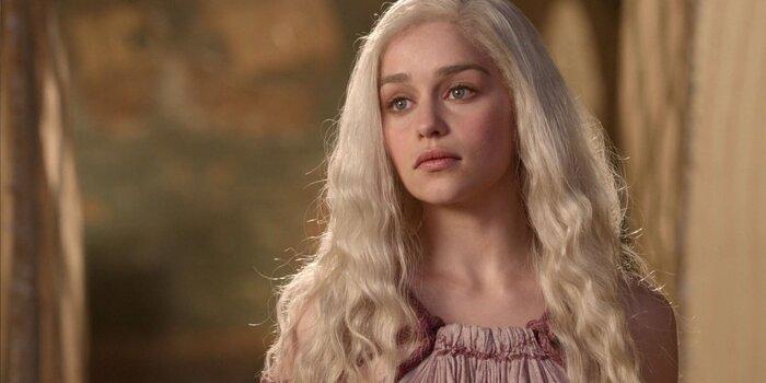 Слишком много секса? Звезда «Игры престолов» грубо ответила критикам