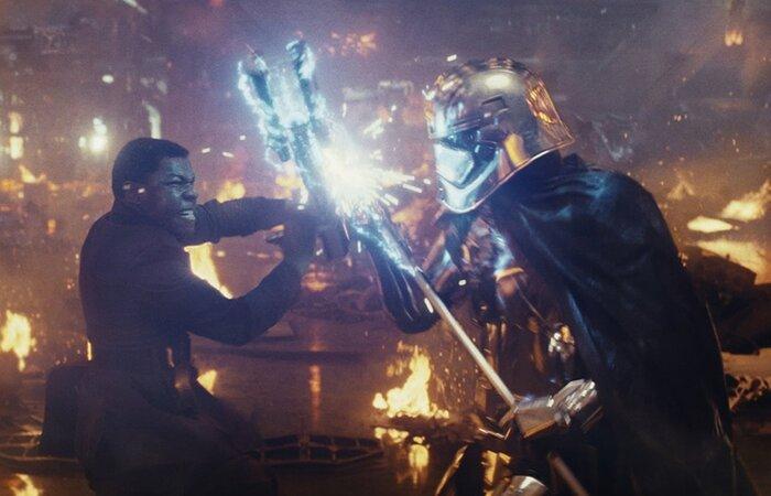 «Звездные войны» завыходные заработали $450 миллионов