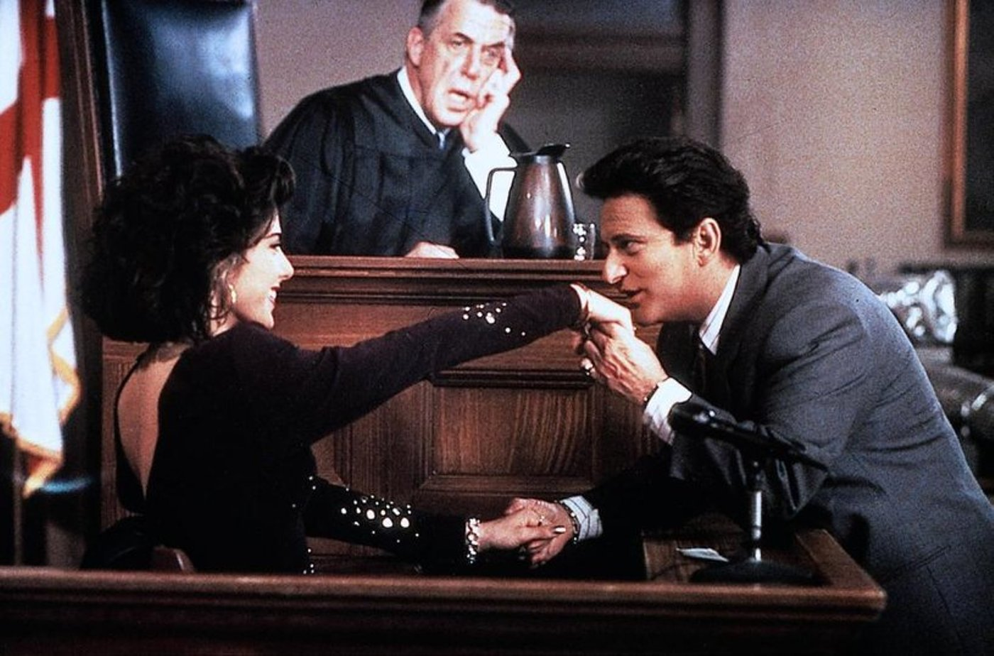 gender roles my cousin vinny One of them has a cousin it was my opinion when i first saw my cousin vinny, as it is my cousin vinny also examines gender roles--and it is here.