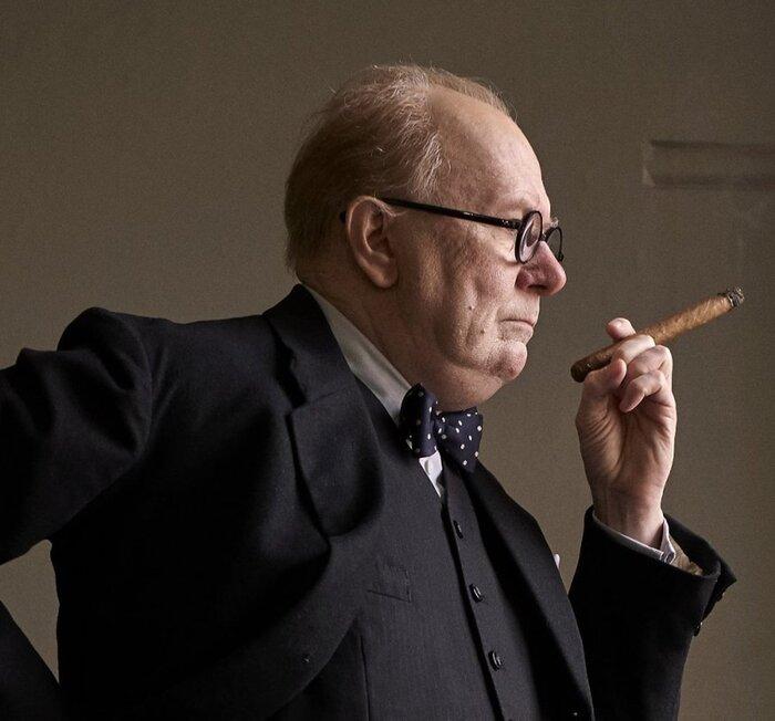 «Тёмные времена»: как Олдмана превратили в Черчилля. Видео