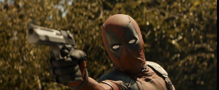 «Дэдпул 2»: супергерой в красном трико задаёт жару злодеям в новом трейлере