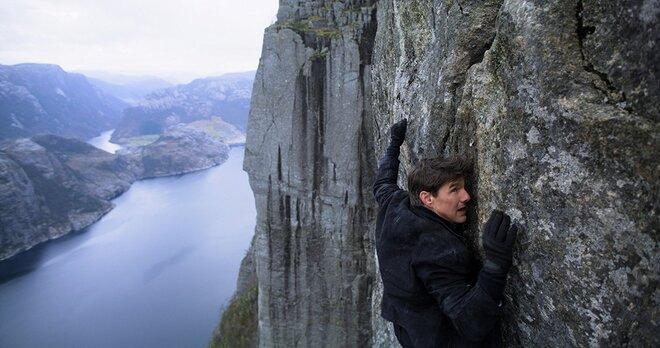 «Миссия невыполнима 6»: Том Круз прыгнул с семи километров
