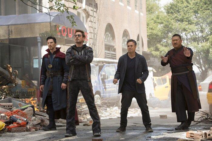 Касса Франции: фантастический экшен «Мстители 3» сместил с пьедестала «Такси 5» (05.05.2018)