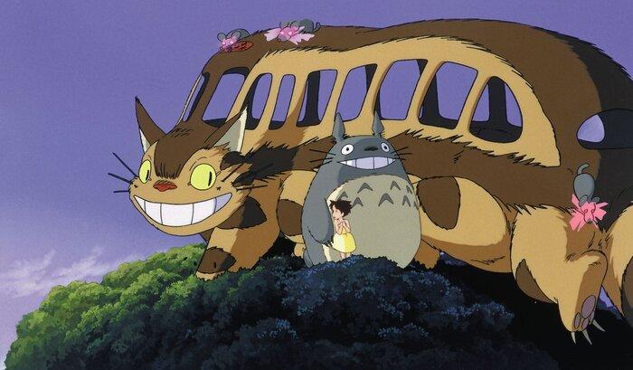 Котобус из знаменитого аниме Миядзаки появился в Хиросиме