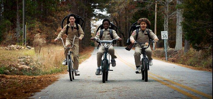 «Очень странные дела»: смотрите ретро-трейлер третьего сезона