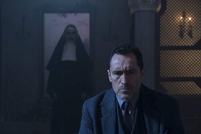 Касса США: фильм ужасов «Проклятие монахини» занял первое место
