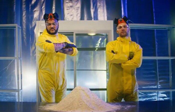 Крид и Киркоров притворились героями «Во все тяжкие» в клипе «Цвет настроения чёрный»