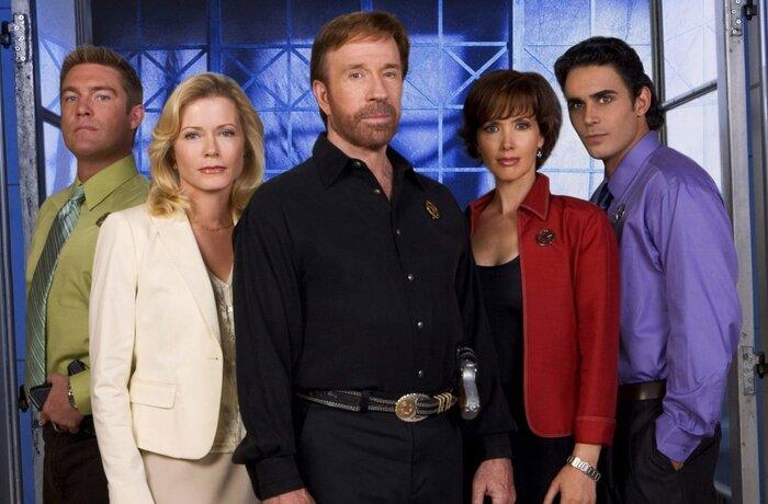 Лучшие сериалы канала CBS