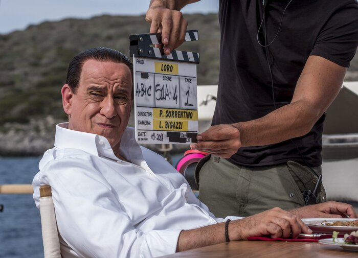 На «Послании к человеку» показали «Лоро» про Сильвио Берлускони. Первые отзывы