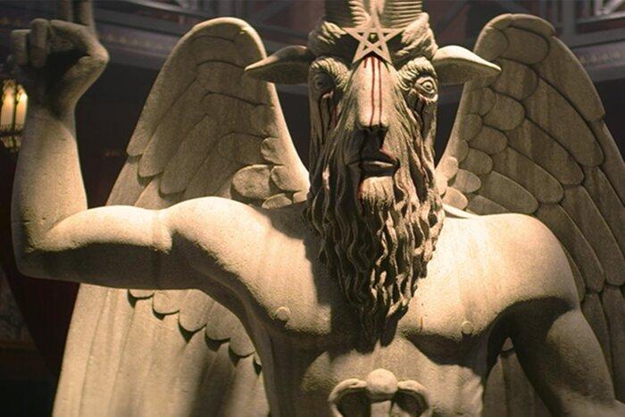 Сатанисты грозят подать в суд на авторов «Леденящих душу приключений Сабрины»