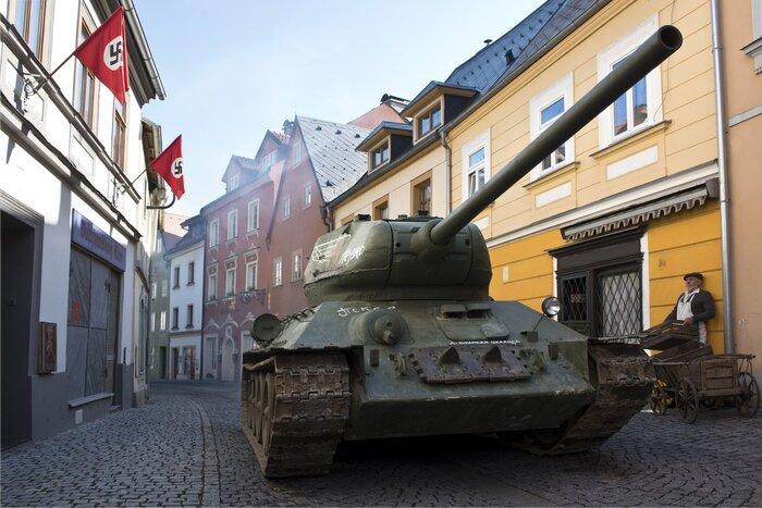 Экшен-блокбастер «Т-34» выиграл «Новогоднюю битву»