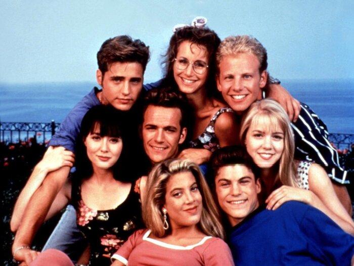 «Беверли-Хиллз 90210»: культовый сериал вернётся на экраны этим летом