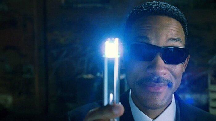 Какие фильмы вы хотели бы забыть с помощью «сверкалки-мешалки»