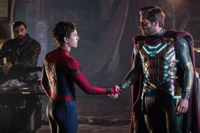 Что раскрывают сцены после титров фильма «Человек-паук: Вдали от дома»
