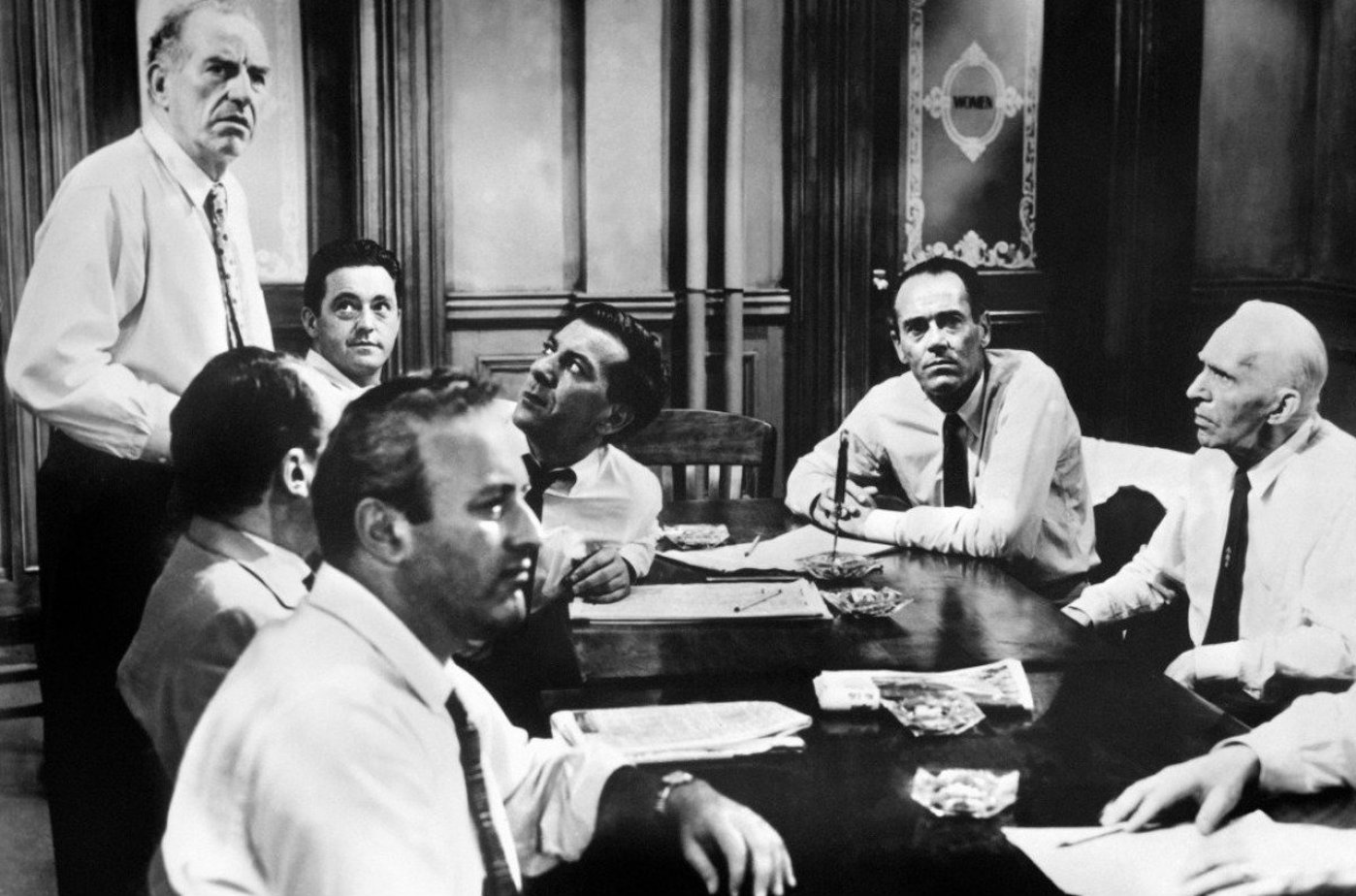 12 angry men by henry fonda Henry fonda is the lone holdout against convicting a puerto rican youth in the jury duty drama 12 angry men (1957.