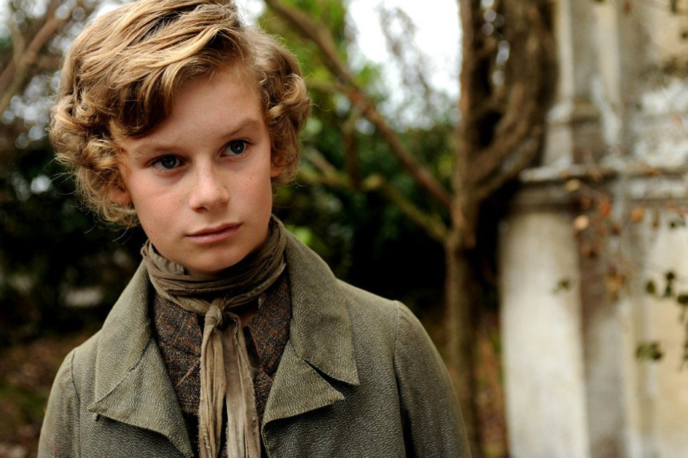 characterization of pip in great expectations by charles dickens Literature network » charles dickens » great expectations » character summary character summary main characters philip pirrip a boy that pip.