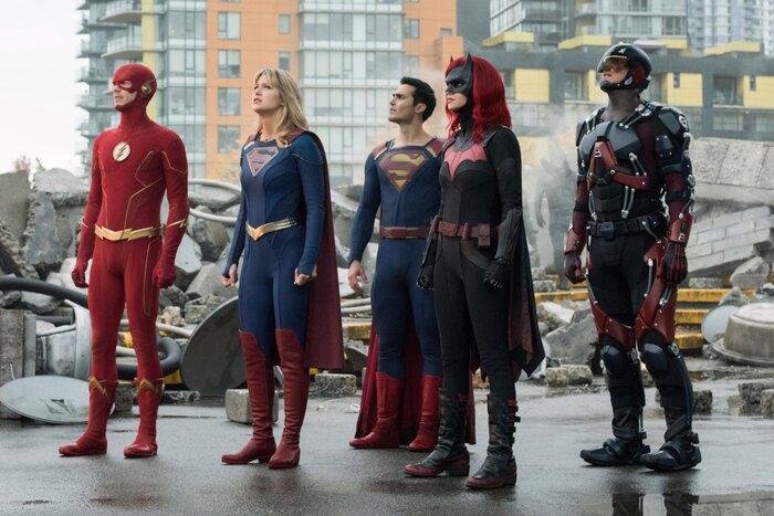 Главных героев комиксов DC собрали в одном месте. Снова
