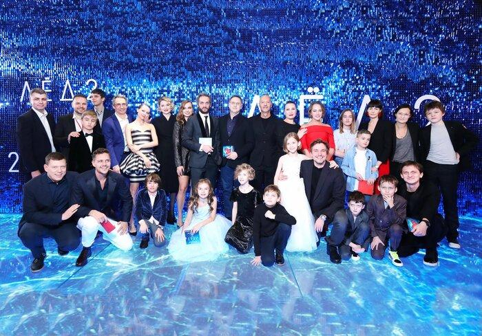 В Москве показали главный фильм Дня всех влюблённых «Лёд 2»