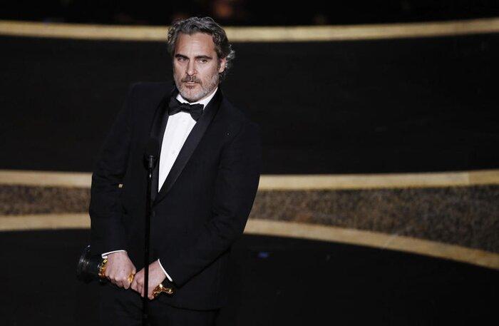 Российский голос Джокера озвучил скандальную речь Хоакина Феникса на «Оскаре»