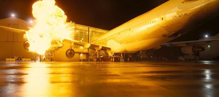 «Довод»: Кристофер Нолан рассказал, зачем взорвал настоящий самолёт