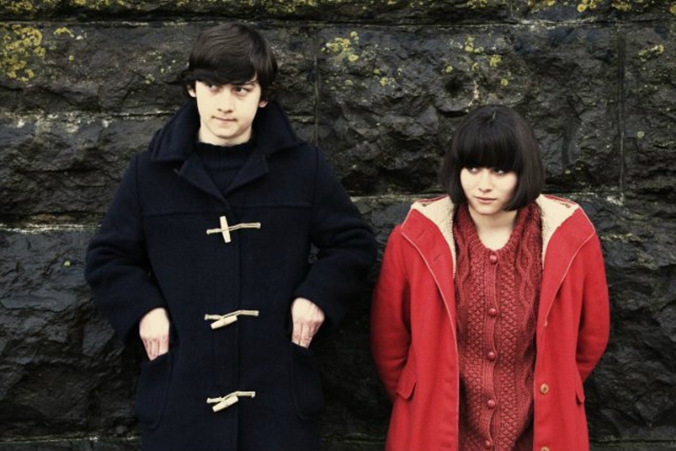 film review submarine Submarine is a 2010 british-american coming-of-age comedy-drama film adapted from the 2008 novel submarine by joe dunthornethe film was written and directed by richard ayoade, and starred craig roberts, yasmin paige, noah taylor, paddy considine and sally hawkins.